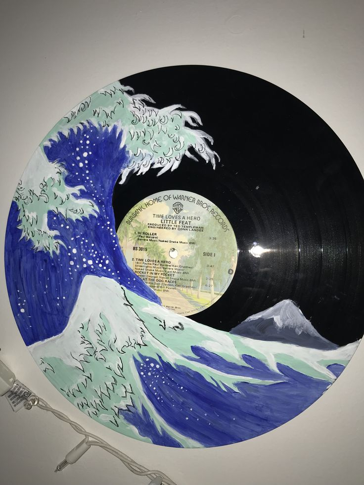 Painted Wave record 🌊 Great for wall decor