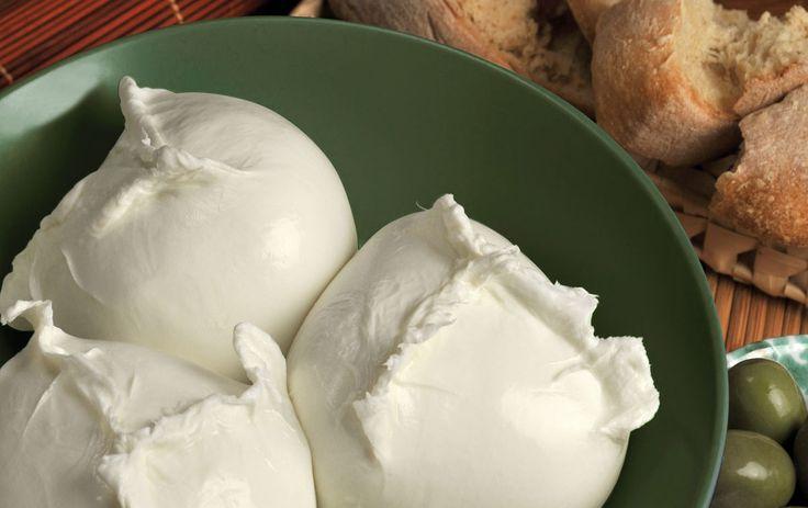 la mozzarella bufala DOP | Casa Madaio CASAMADAIOのBURRATINA 125g×2