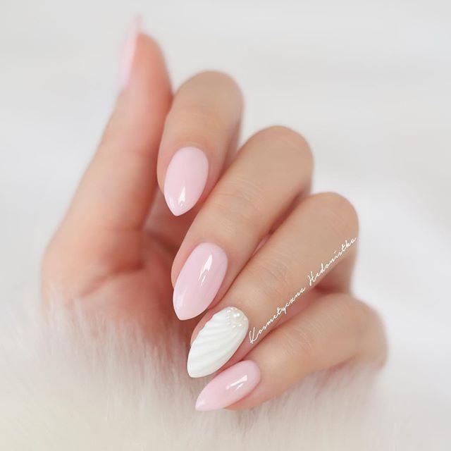 @semilac Pink Marshmallow i muszelka. Na blogu dowiecie się jak ją zrobić i zobaczycie moje ulubione lakiery na zimę   Zapraszam  #hedonistkanails  #semilac #pinkmarshmallow #shellnails #shell #manicure #mani #nude #pink #hudabeauty #nailswag #inspo #nailsofinstagram #nailart #nail #nailpolish #naildesign #nail2inspire #nailstagram #nailsdone #nailsdid #beauty