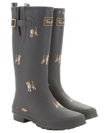 Need some rain so I can wear my Beagle Wellies from Joules