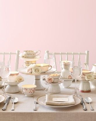 "See+the+""Time+for+Tea""+in+our+17+Non-Floral+Centerpiece+Ideas+for+a+Wedding+gallery"