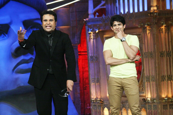 Hussain Performing in Comedy Circus