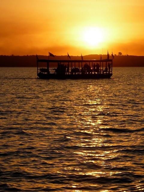 Ypacarai Lake, Paraguay by sebasyrafa.
