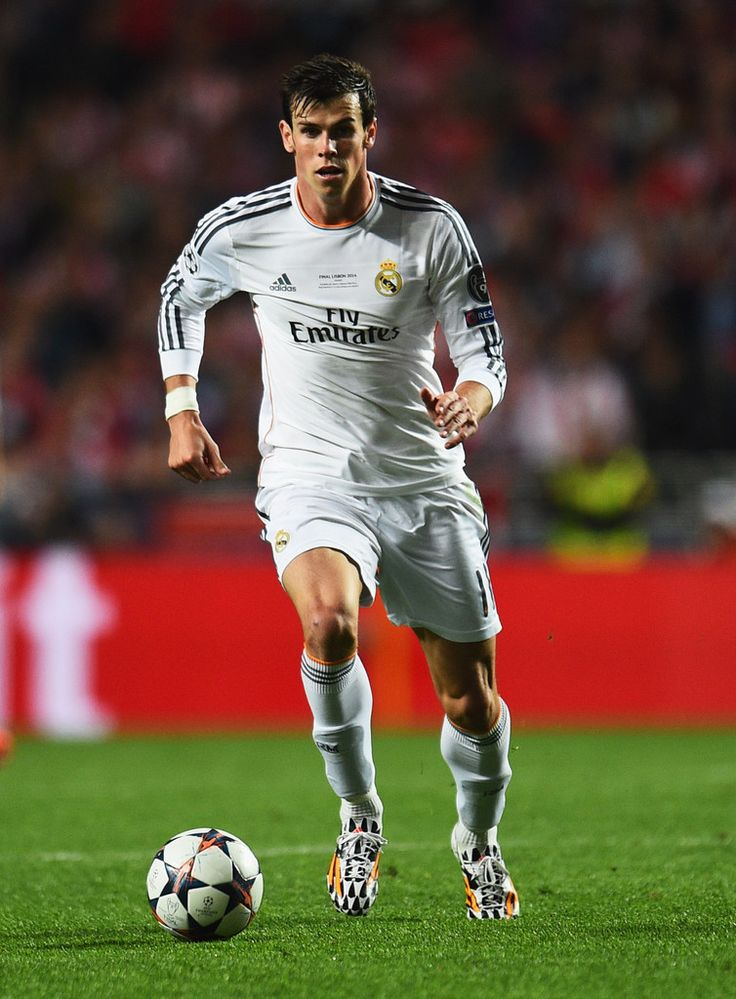 Gareth Bale in action during the UEFA Champions League final match between Real Madrid CF and Club Atlético de Madrid at Estadio Da Luz on May 24, 2014 in Lisbon, Portugal.