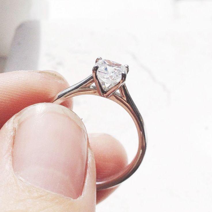 0.80ct Cushion Cut Diamond & Platinum Engagement Ring.