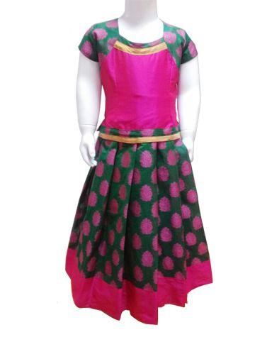 #Pattupavadai #kidspattupavadai Pink with Green Pattu Pavadai only at www.Bujuma.com