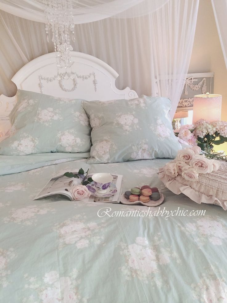 my shabby chic home romantik evim romantik ev shabby chic romantic victorian pinterest. Black Bedroom Furniture Sets. Home Design Ideas