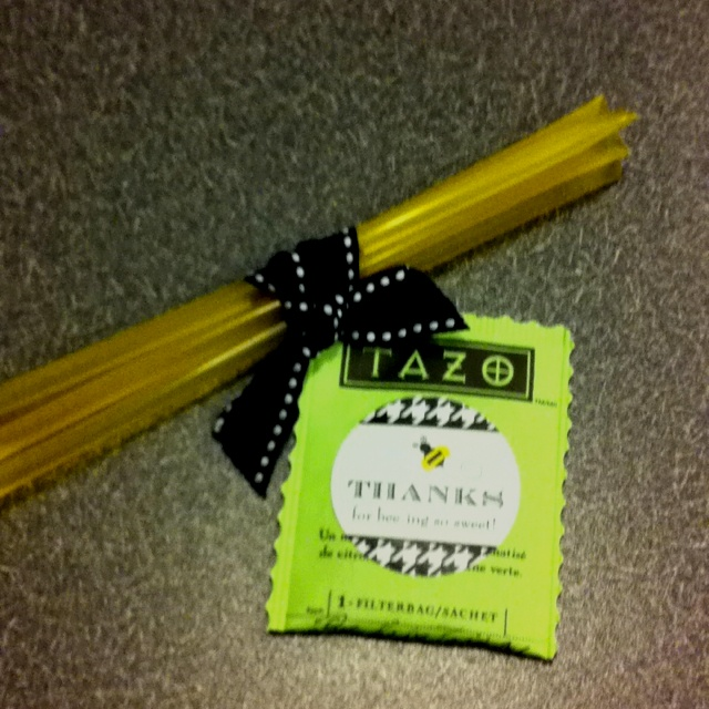 Cutest shower favors ever! A tea bag and honey sticks for a Bee themed baby shower.
