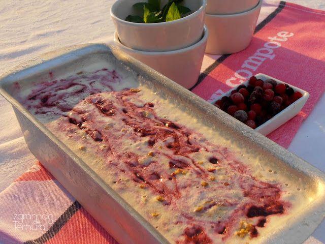 Gelado de Cheesecake de Frutos Vermelhos