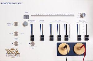 Nuestra aparatología de última generación contribuyen a la eficacia de nuestros tratramientos. Remodeling Face, aplica la electro-estimulación para lograr una mayor penetración de los principios activos y activar las funciones naturales de la piel, mejorando su tonicidad, elasticidad e hidratación.