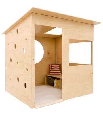 Simple playhouse diy woodworking projects plans for Diy clubhouse