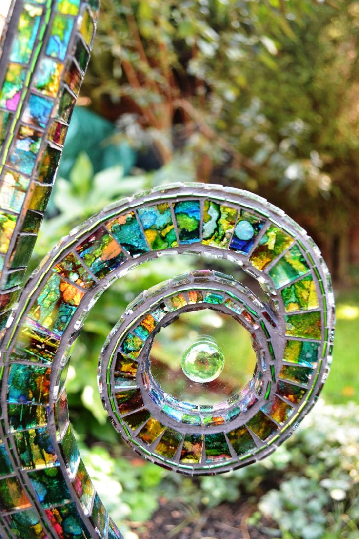 Fused glass yard art - Mosaic Mosaic Sculpture Mosaic Art Lamp The Force That Drives The Shoot