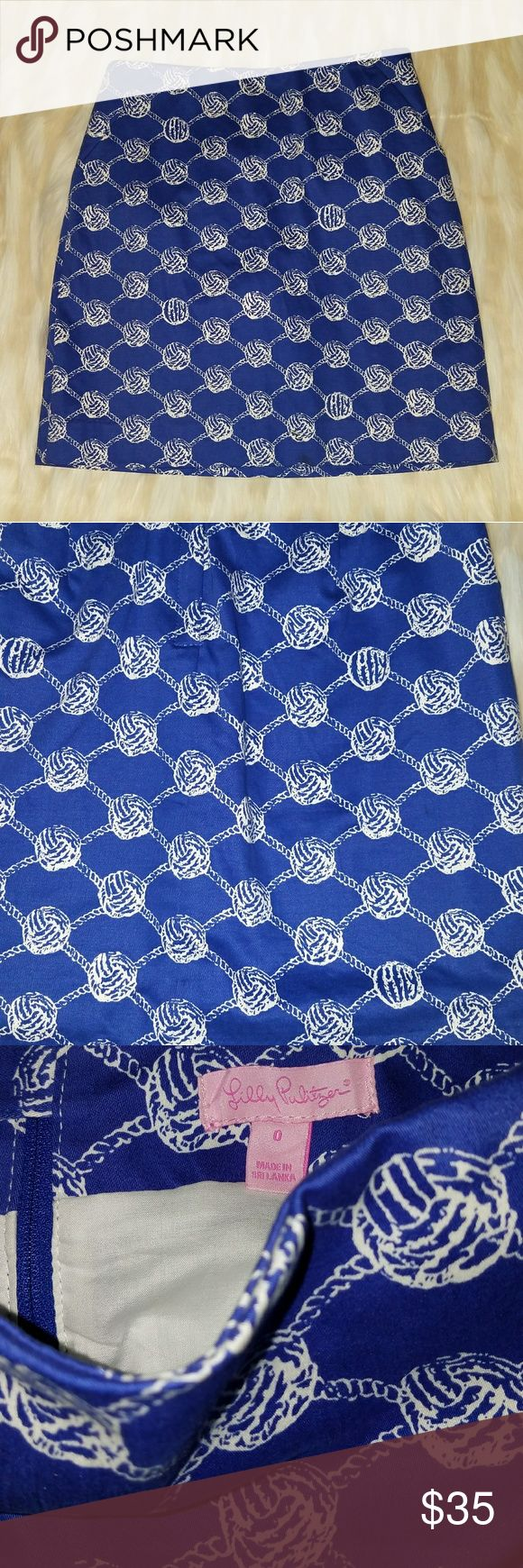 LILLY PULITZER BLUE AND WHITE SKIRT SZ 0 PRE-LOVED IN GREAT CONDITION Lilly Pulitzer Skirts