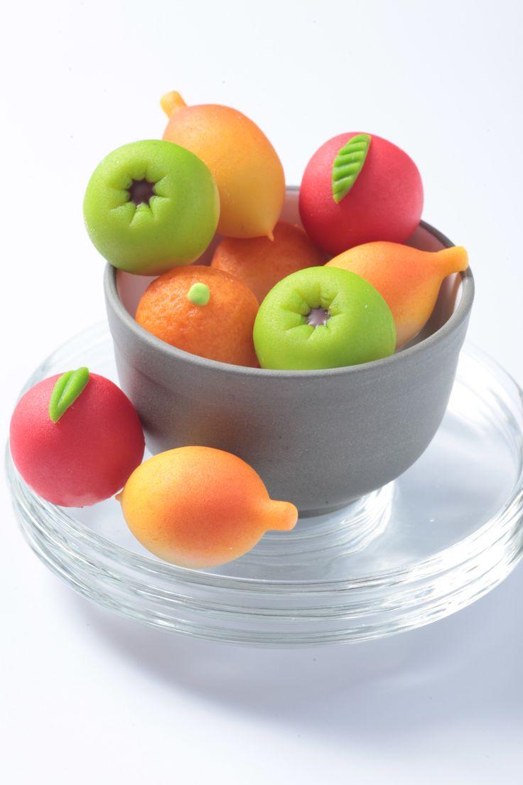 """La mejor forma de iniciar la semana es disfrutando unos deliciosos """"MAZAPANES"""" de la #reposteriaastor   www.elastor.com.co"""