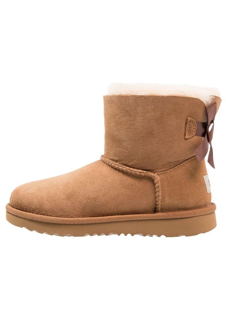 ¡Consigue este tipo de zapatillas altas de UGG ahora! Haz clic para ver los