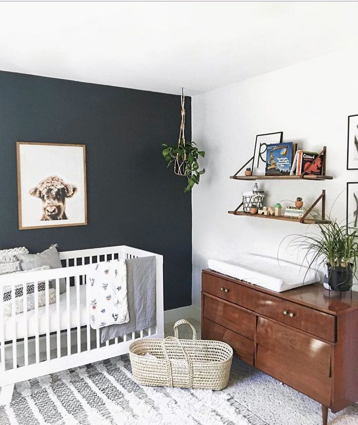 👀 accent wall goals! 😍 • #babyletto Hudson…