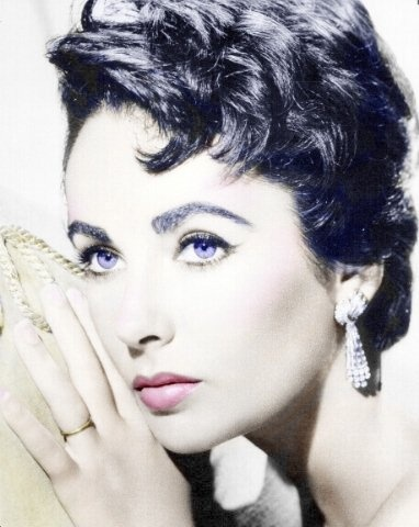 Elizabeth Taylor: Elizabeth Taylors, Hollywood Stars, Angelina Jolie, Photos Collage, Style Icons, Movie Stars, George Chamoun, Liz Taylors, Old Movie
