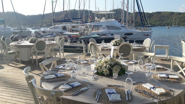 Intimate wedding at the Yacht Classic Hotel in Fethiye