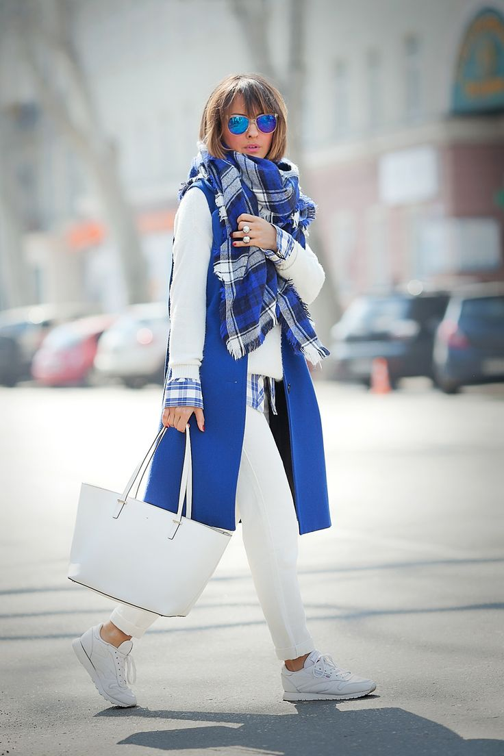 Hip and young .. so chic for cool summer days n nights...love blue and white...staring a white kate spade new york tote bag!