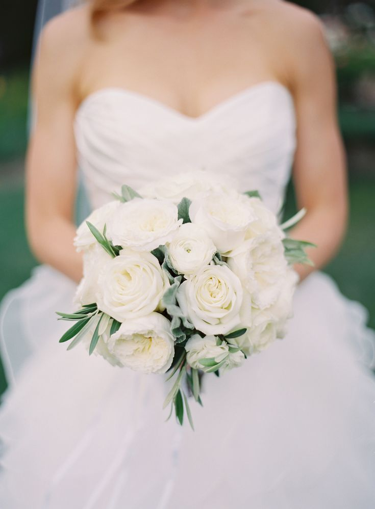 Best 25 white rose bouquet ideas on pinterest - Flowers good luck bridal bouquet ...