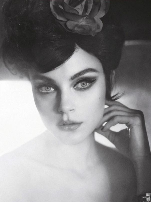 This eye makeup!! Jessica Stam by Sofia Sanchez & Mauro Mongiello for Numéro #141 March 2013
