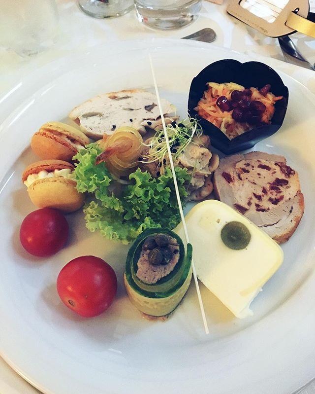 Yummy! #travelblogger #foodblogger #AmazingRomania #luxirare