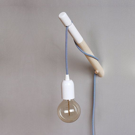 Holz Wandleuchte Puk Minimalistische Lampe Mit Textil Kabel Schalter Licht Getaucht Wood Wall Lamps Wall Lamp Wall Lamps Diy