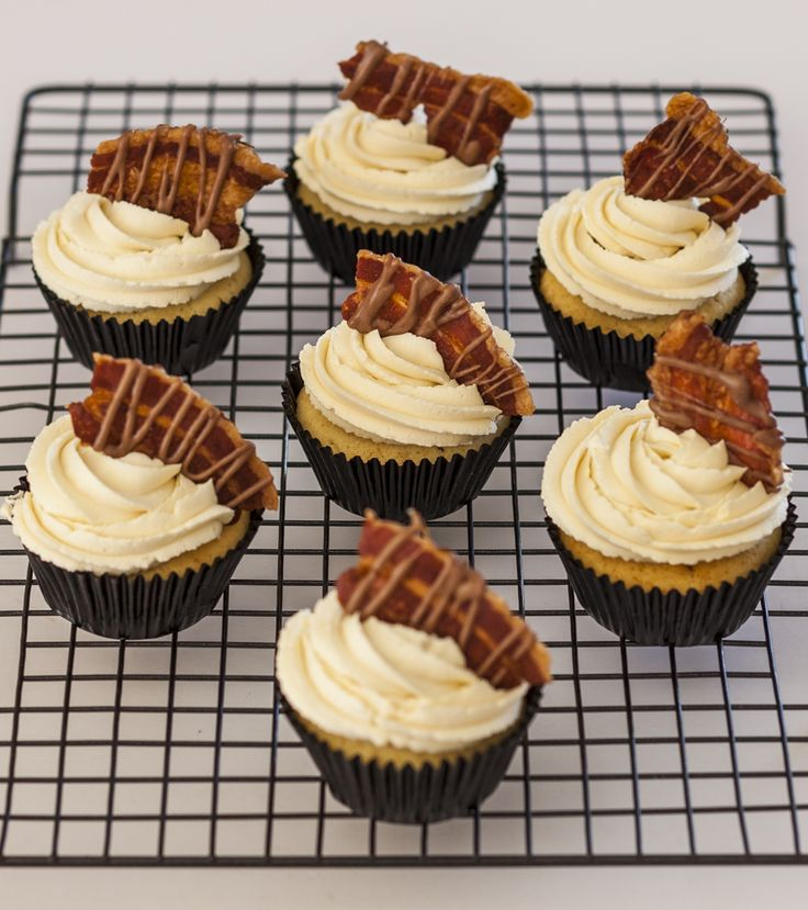 Breakfast Cupcakes. Maple Buttercream topped with Chocolate drizzled Bacon. Cupcakes by Sweet Tooth CPT https://www.facebook.com/sweettoothcpt Photo by Willem Lourens