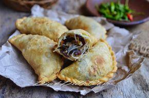 Diah Didi's Kitchen: Pastel Isi Tumis Soun & Jamur