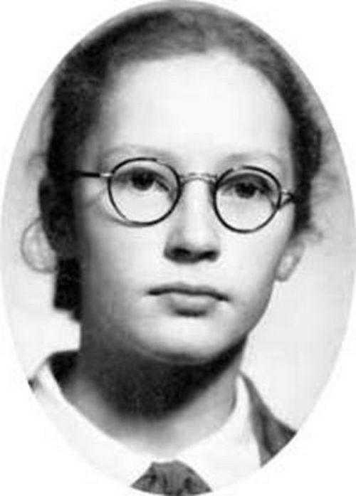 Alla Pugacheva in youth