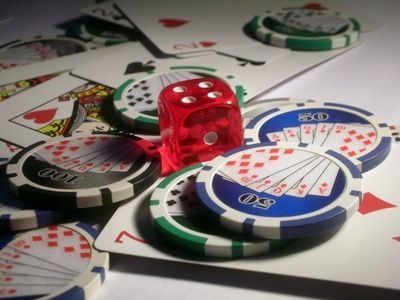 How to Play Online Casino Slot Machines