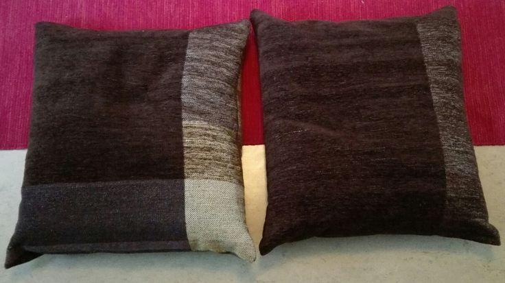 Puolikkaat tyynynpääliset vihdoin valmiit. Toinen puoli.