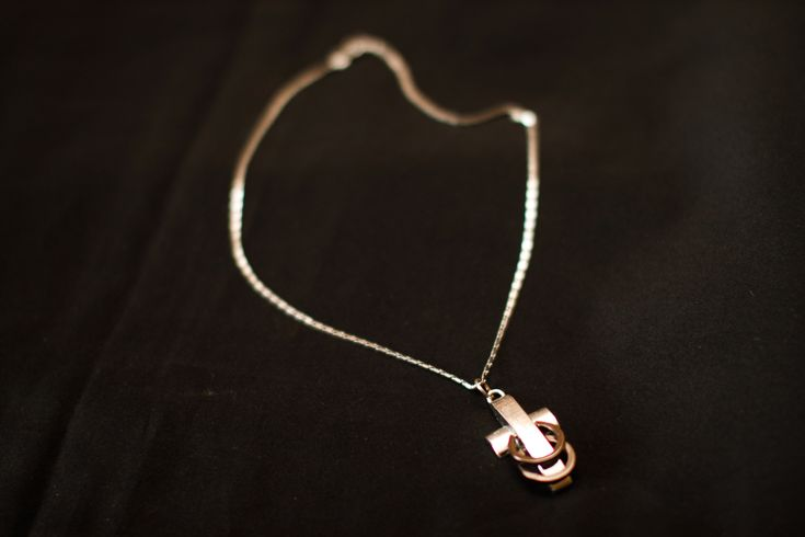 25 best ideas about untangle necklace on pinterest for How to pack jewelry for moving