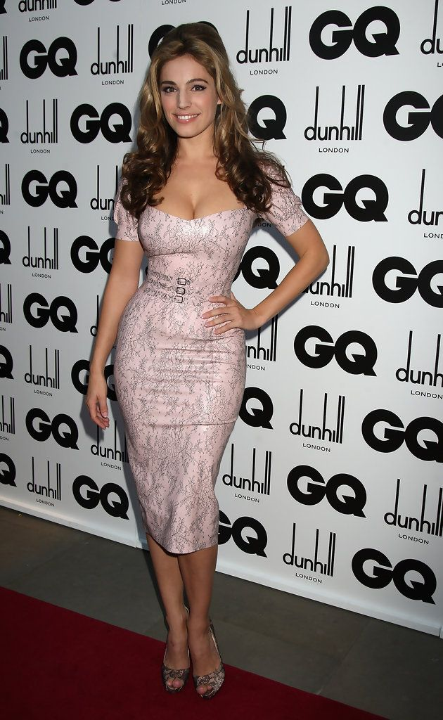 Kelly Brook Photos - GQ Men Of The Year Awards - Red Carpet Arrivals - Zimbio