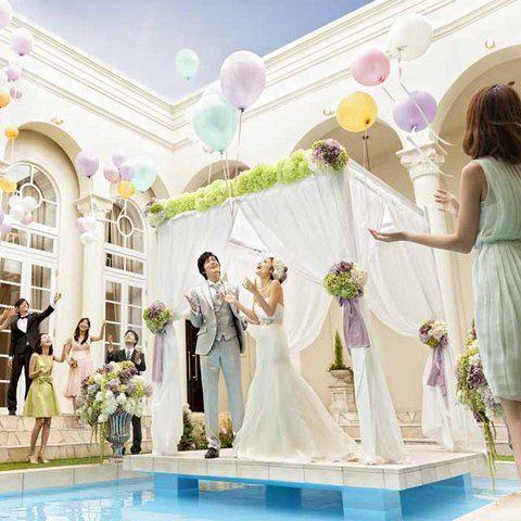結婚式場写真「みんなでバルーンリリース☆」 【みんなのウェディング】