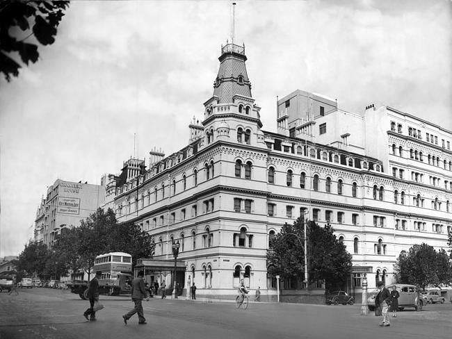 Glorious lost Melbourne buildings: the Menzies Hotel cnr Bourke and William St