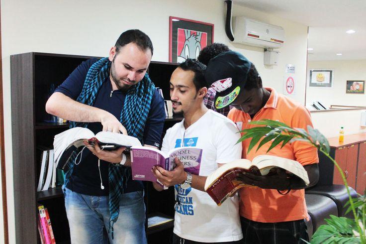 Book your English Language course now and Get 15% off discount!  http://www.studybooking.com/school/view/vi-academy-sdn-bhd-in-malaysia   #VIACADEMYSDNBHD #Selangor #Malaysia #IELTS #English #EnglishExamPreparation #EnglishIntensiveCourse #EnglishCONVERSATION #LanguageSchool #LanguageAbroad #EnglishAbroad #LanguageTraining #LearnLanguage #슬랑오르주 #말레이시아 #영어대학진학 #시험준비 #영어인텐시브코스 #マレーシア #セランゴール州 #英語試験対策 #英語インテンシブコース #马来西亚