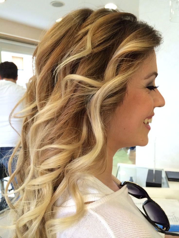 #nofilter #balayage #ombre #hair#color#saç#saçmodelleri#sarı #blonde#balyaj#instagood#instamod#photooftheday#pıcoftheday