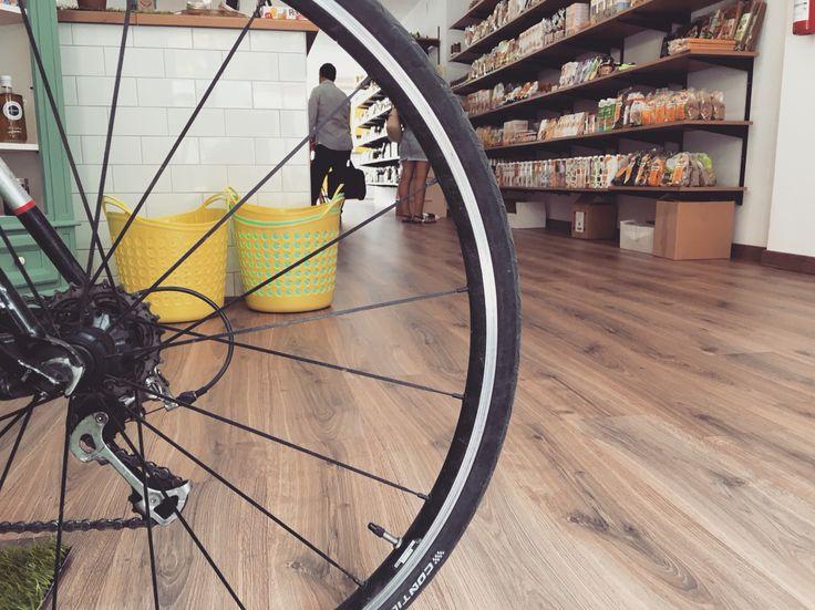 En nuestra tienda nos encantan las bicis! We❤️🚴! #bikefriendly