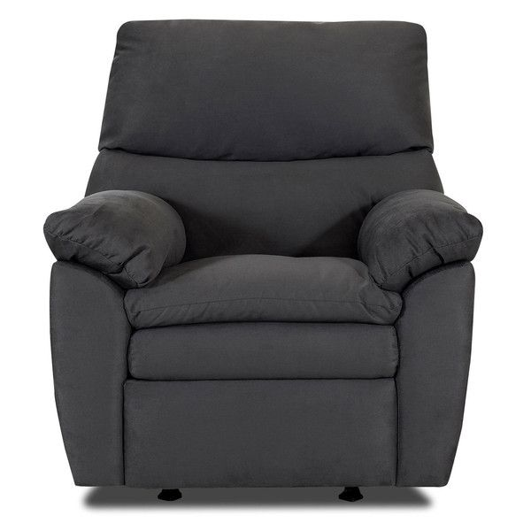 Chesterfield Sofa I can ut get over how cozy this recliner looks I just want to sink into the seats It ud be perfect for my living room decor