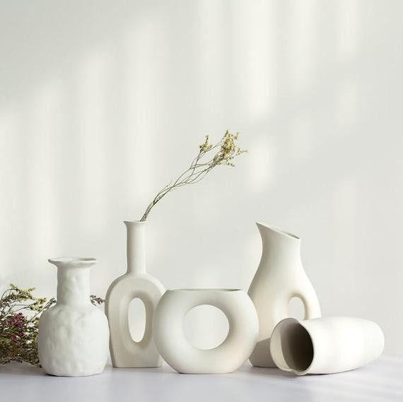 New Ceramic Vase For Flower Modern White Vase Modern Bud Vase Dry Flower Vase Ceramic For Livi In 2020 White Ceramic Vases White Vases New Ceramics