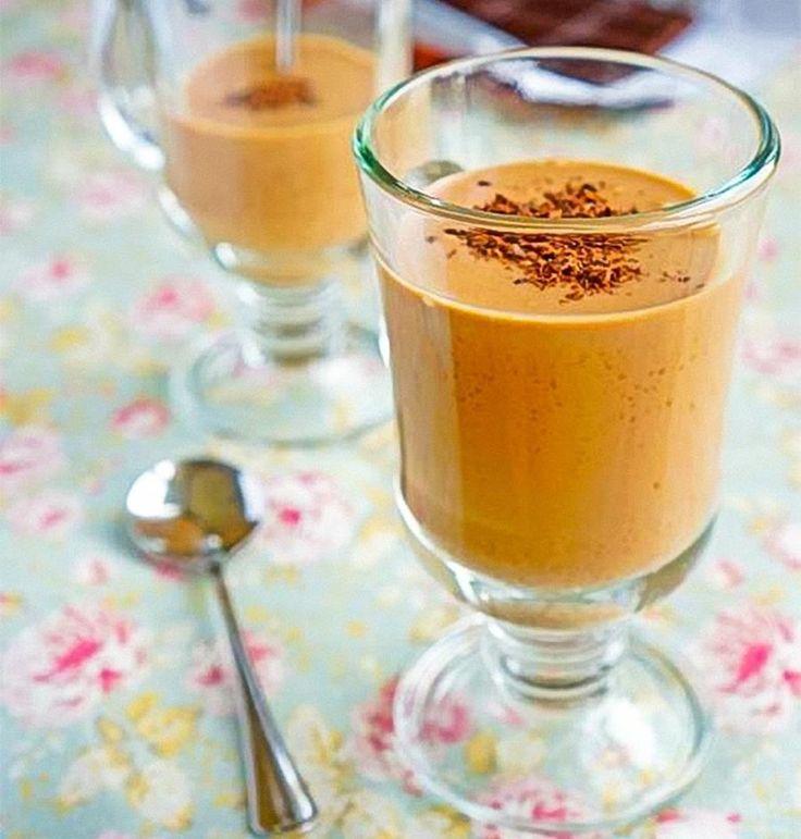 dessert parfait café