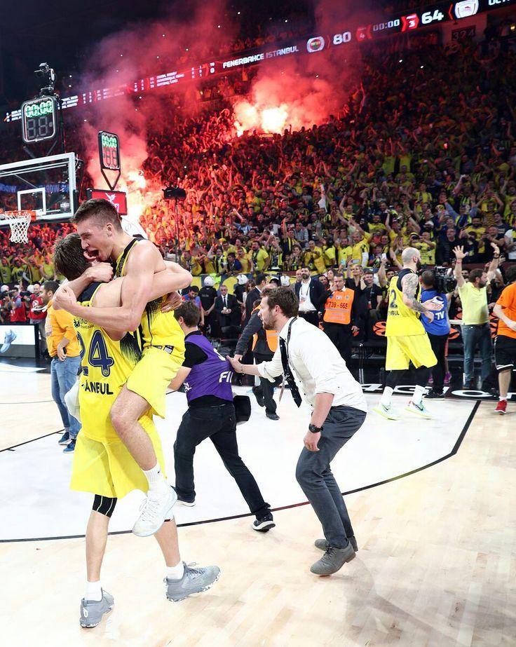 Bogdan Bogdanovic Jan Vesely Fenerbahçe #Basketball Euroleague Champion #Fener4Glory