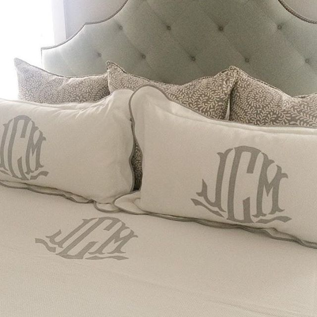 Nothing better than a perfectly placed monogram! Love this beautiful bed designed by @katiegibsoninteriors #Regram #MyLeontine