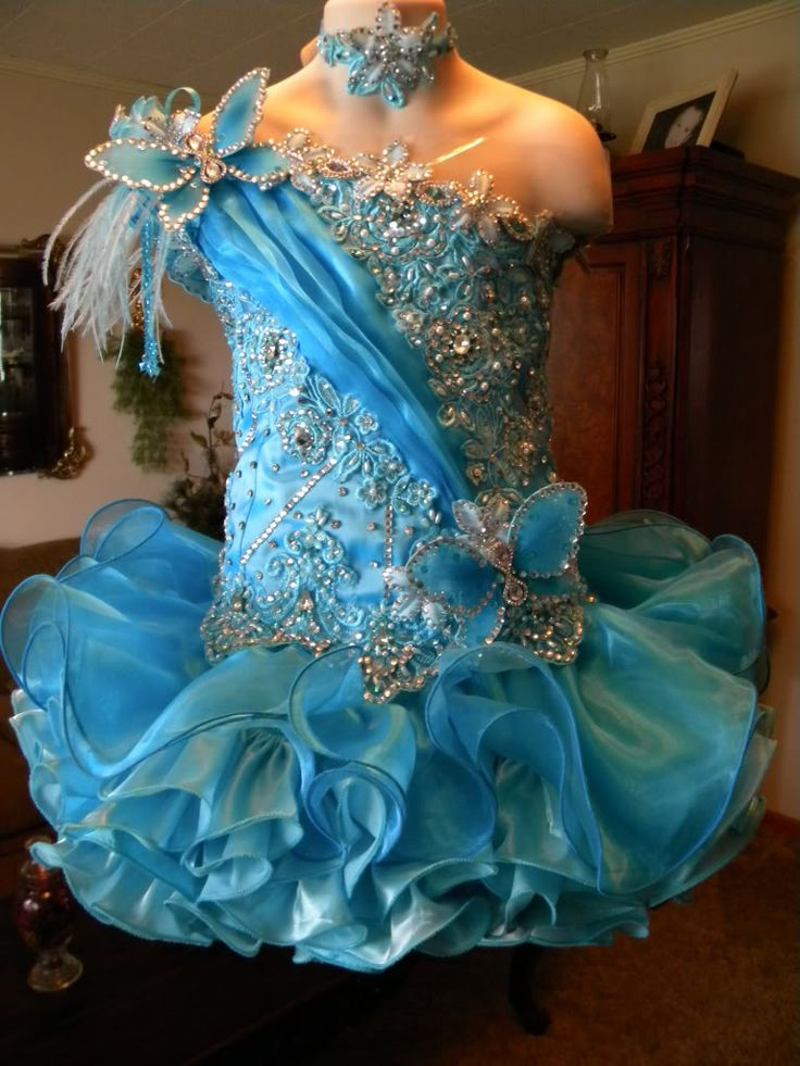 High Glitz Cupcake Pageant Dresses | WOW! National High Glitz Pageant dress size 5t-slim 7