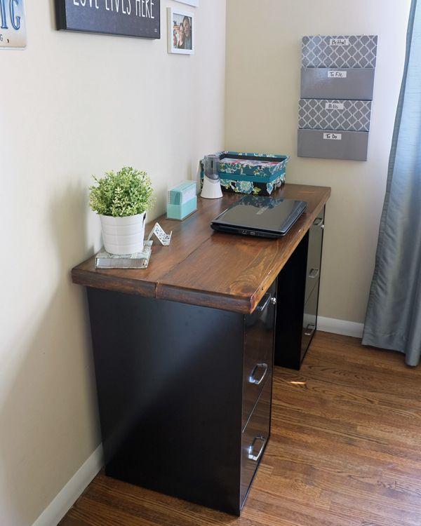 diy corner desk with file cabinets woodworking projects plans. Black Bedroom Furniture Sets. Home Design Ideas