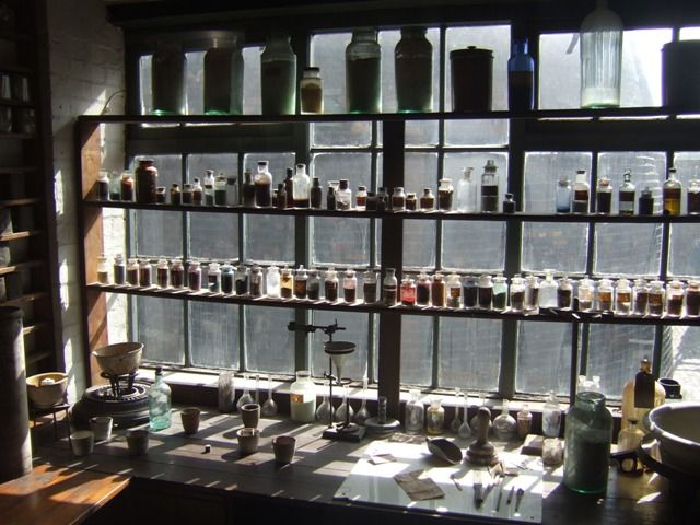 Gladstone Pottery Museum - Colour Testing Room