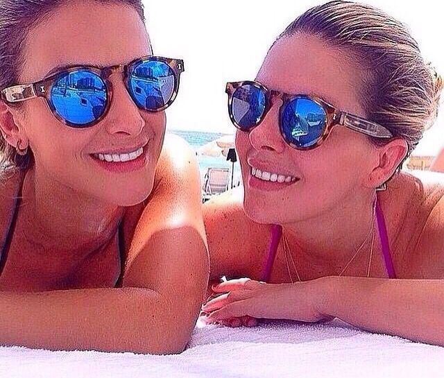 Oculos  illesteva lente espelhada De R$ 130,00❌ Por R$99,99 Enviamos para todo Brasil ✈️ Garanta já o seu!  WhatsApp 11 975725547 . . #tendenciall#rayban#michaelkors#louisvuitton#illesteva#follow #followme #tagsforlikes #beautiful #girl #like4like #fashion #summer #instalike #likeforlike