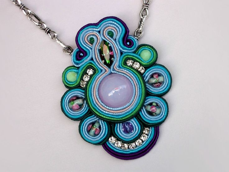 Soutache jewelry by Anneta Valious