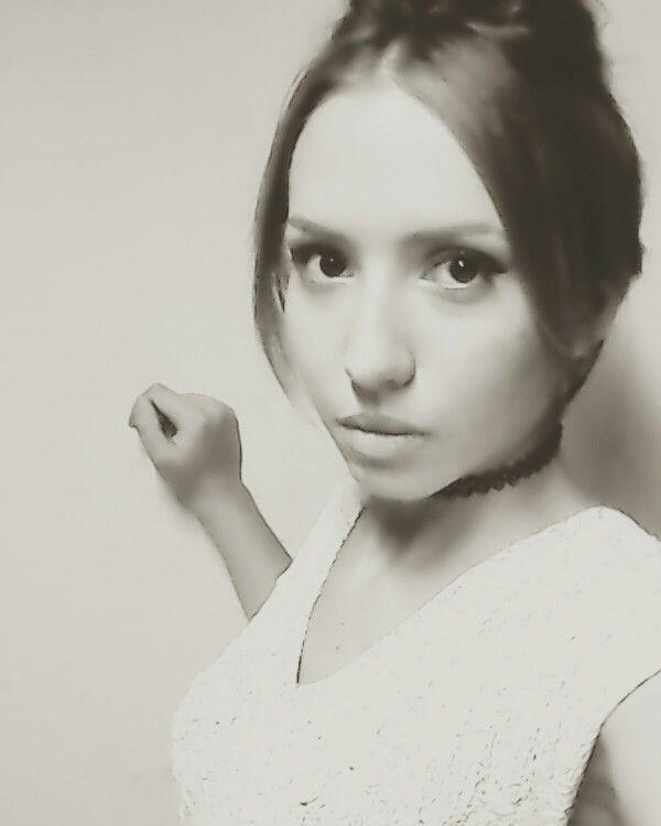 Sepia selfie eyeliner oriflamemakeup